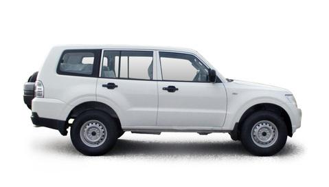 Transport Mitsubishi Pajero