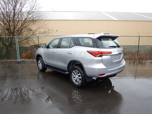 <a href='https://www.autoredo.com/en/segment/vehicles/suv-4wd/' title='Export SUV &amp; 4WD'>SUV &amp; 4WD</a> Toyota Fortuner