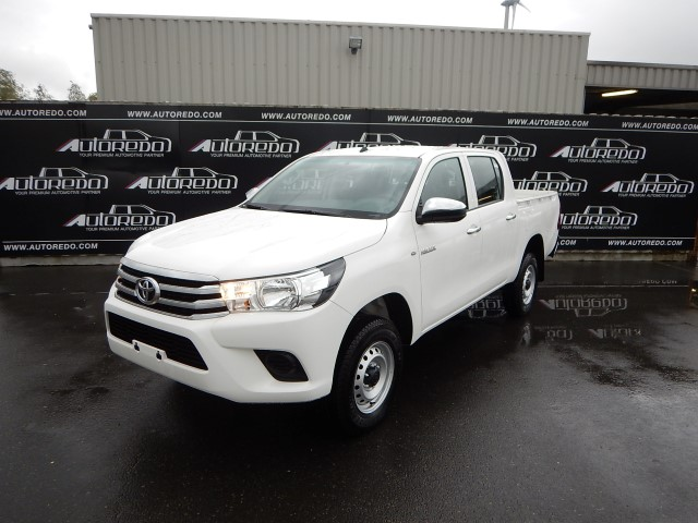 <a href='https://www.autoredo.com/fr/segment/vehicules/pick-up/' title='Export Pick-up'>Pick-up</a> Toyota Hilux