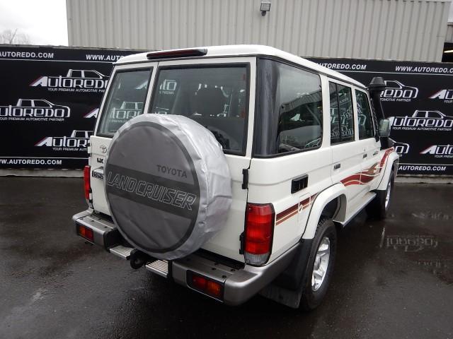 <a href='https://www.autoredo.com/en/segment/vehicles/suv-4wd/' title='Export SUV & 4WD'>SUV & 4WD</a> Toyota Land Cruiser VDJ76