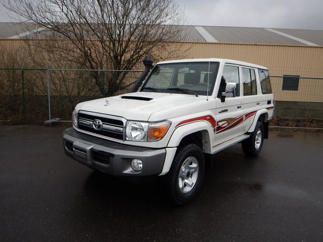 <a href='https://www.autoredo.com/en/segment/vehicles/suv-4wd/' title='Export SUV &amp; 4WD'>SUV &amp; 4WD</a> Toyota Land Cruiser VDJ76