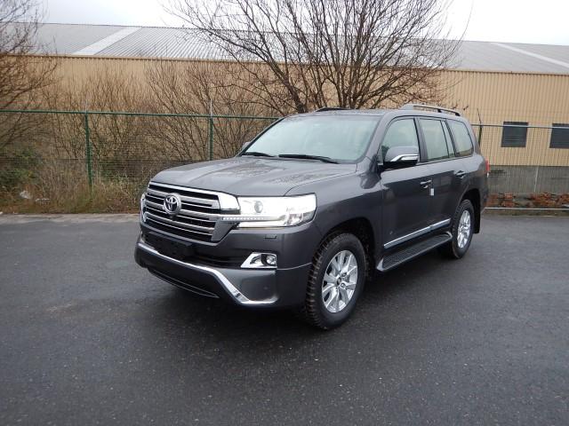 <a href='https://www.autoredo.com/fr/segment/vehicules/suv-4x4/' title='Export SUV &amp; 4X4'>SUV &amp; 4X4</a> Toyota Land Cruiser 200