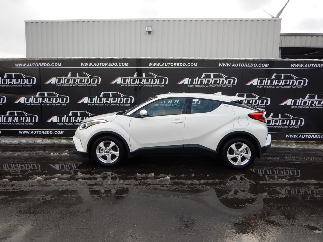 <a href='https://www.autoredo.com/en/segment/vehicles/suv-4wd/' title='Export SUV &amp; 4WD'>SUV &amp; 4WD</a> Toyota C-HR