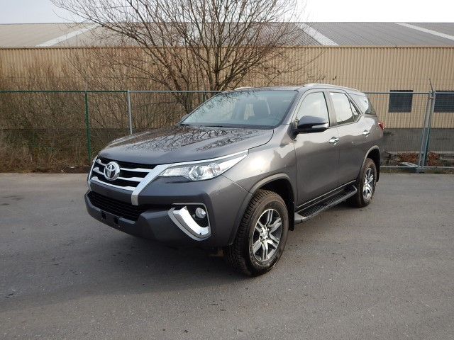 <a href='https://www.autoredo.com/en/segment/listings/popular/' title='Export Popular'>Popular</a>, <a href='https://www.autoredo.com/en/segment/vehicles/suv-4wd/' title='Export SUV & 4WD'>SUV & 4WD</a> Toyota Fortuner
