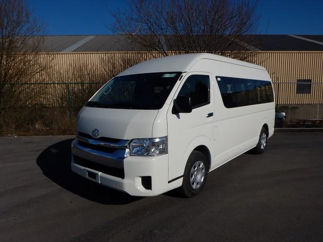 <a href='https://www.autoredo.com/fr/segment/vehicules/autobus-minibus/' title='Export Autobus &amp; Minibus'>Autobus &amp; Minibus</a> Toyota Hiace