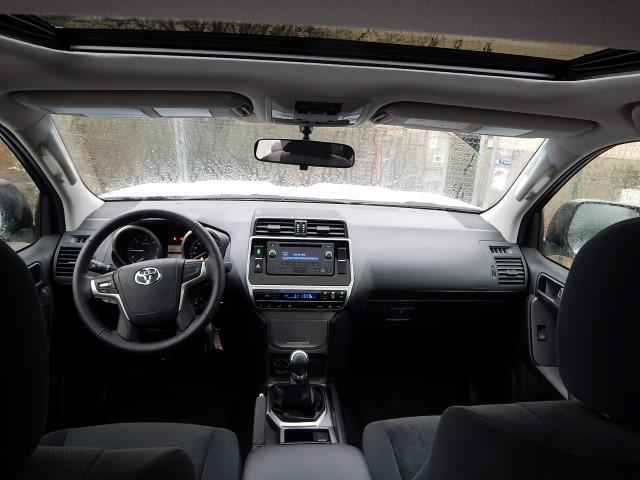 <a href='https://www.autoredo.com/en/segment/vehicles/suv-4wd/' title='Export SUV & 4WD'>SUV & 4WD</a> Toyota Land Cruiser Prado