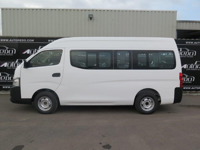 nissan urvan mini bus 15 places high roof autoredo. Black Bedroom Furniture Sets. Home Design Ideas