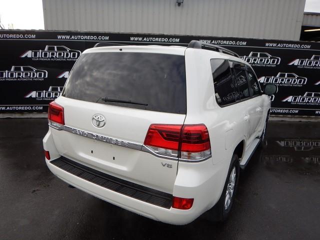 <a href='https://www.autoredo.com/en/segment/vehicles/suv-4wd/' title='Export SUV & 4WD'>SUV & 4WD</a> Toyota Land Cruiser 200