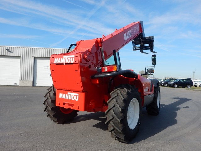 <a href='https://www.autoredo.com/en/segment/vehicles/used-utility-vehicle/' title='Export Used Utility Vehicle'>Used Utility Vehicle</a> MANITOU 1233