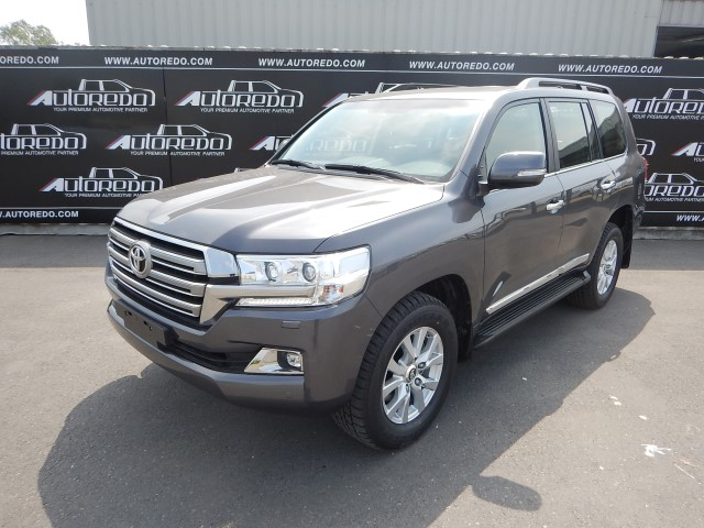 <a href='https://www.autoredo.com/en/segment/vehicles/suv-4wd/' title='Export SUV &amp; 4WD'>SUV &amp; 4WD</a> Toyota Land Cruiser 200