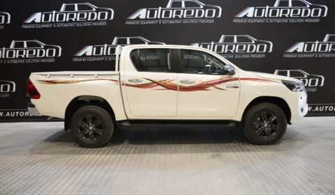 Vehicles TOYOTA HILUX