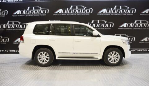Middle-East TOYOTA LAND CRUISER 200
