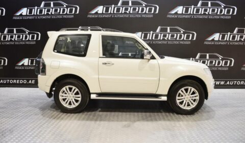 Vehicle MITSUBISHI PAJERO
